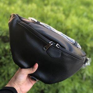 Handbags - Black Vegan Leather Fanny Pack Bag